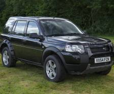 Freelander 2 pre production - a stretched Freelander 1