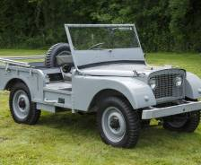 1947 'Centre Steer' – a replica of the first Land Rover
