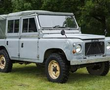 "1976 Prototype 100""coil-sprung Land Rover"